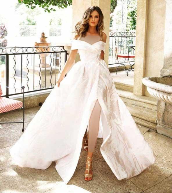 891b5a9f7b55dc375011681e27569590 donoghte.com  - ۶۲ مدل لباس عروس جدید و شیک ۲۰۲۱ برای سورپرایز عروسهای لاکچری
