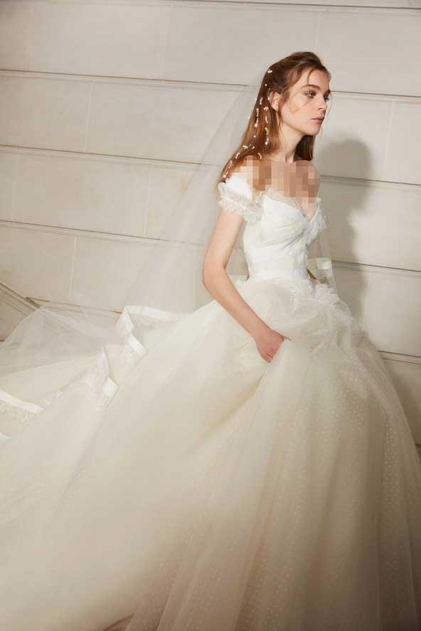 8971c59cb0a23f43d30d9f080c3b02cf donoghte.com  - ۶۲ مدل لباس عروس جدید و شیک ۲۰۲۱ برای سورپرایز عروسهای لاکچری