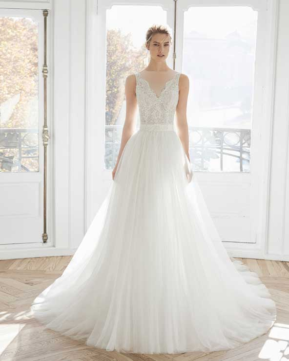 ca3e193f7865717b007a136c3c8ccac3 donoghte.com  - ۶۲ مدل لباس عروس جدید و شیک ۲۰۲۱ برای سورپرایز عروسهای لاکچری