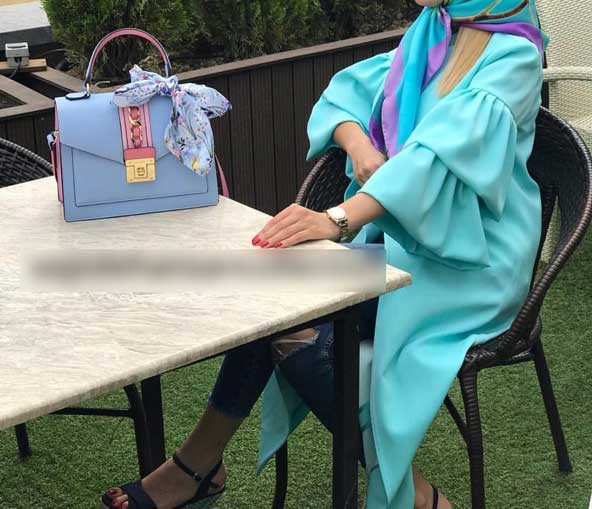 مدل مانتو جلو باز 2019 آستین کلوش