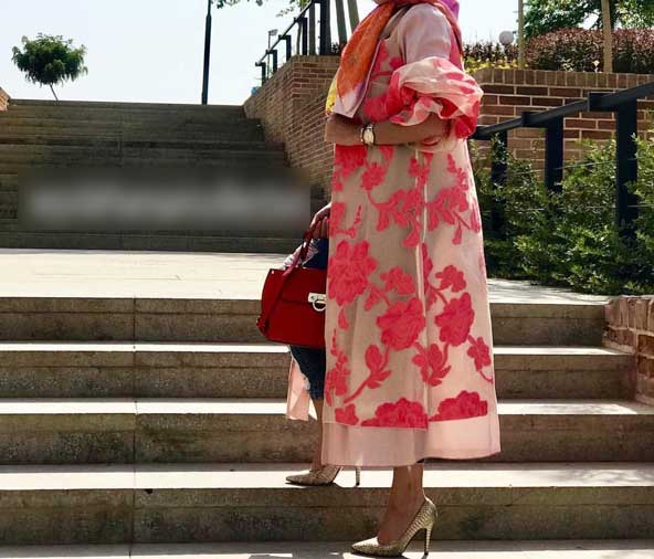 مدل مانتو جلو باز گلدار حریر