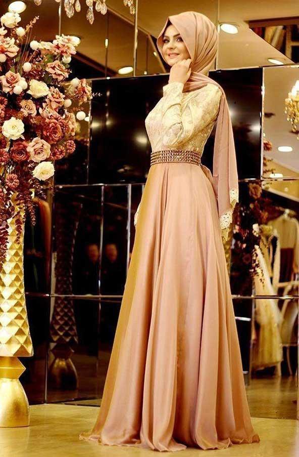 مدل لباس مجلسی پوشیده بلند شیک گیپور دار 2019