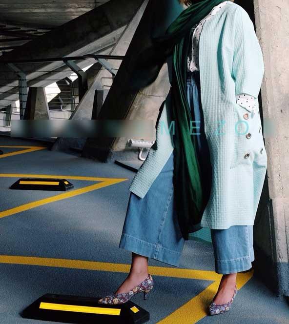 مانتو جلوباز دخترانه فیروزه ای رنگ برای نوروز 98