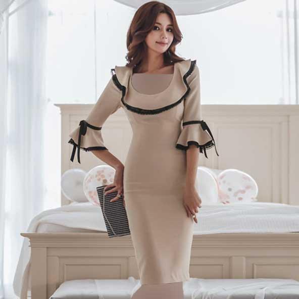 مدل لباس مجلسی آستین کلوش کره ای 2019 یقه موجدار