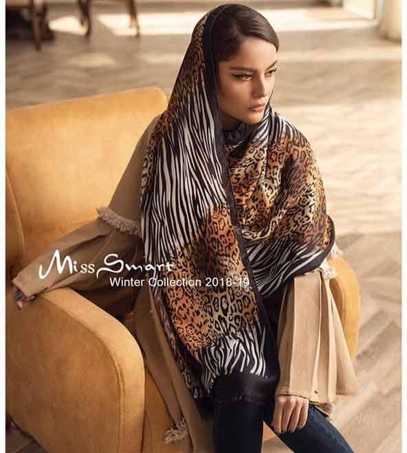5b6b0a0c111049bfa5eeab472e2009bb donoghte.com  - ۴۲ مدل شال و روسری جدید دخترانه و زنانه مجلسی و اسپرت نخی ۱۴۰۰