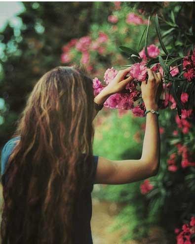 عکس پروفایل دخترونه اینستاگرامی با گل