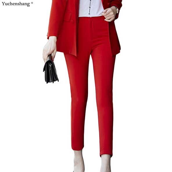 کت شلوار زنانه بسیار جذاب برای خانم های شیک پوش