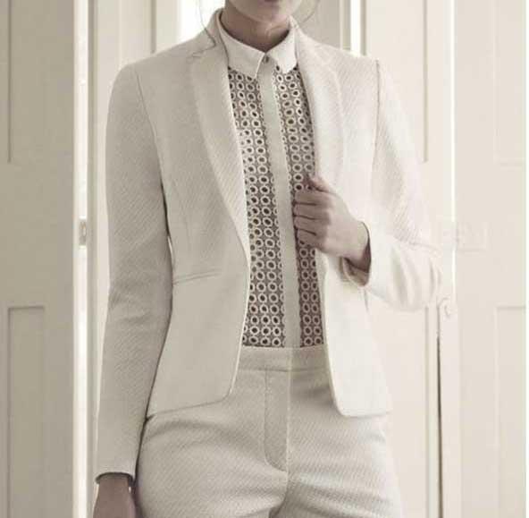 کت و شلوار ظریف مدل ۲۰۲۱ کره ای برای خانم های لاغر اندام
