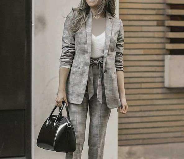 کت با شلوار مدل پاپیونی طرح چهارخونه ۲۰۲۱ برای دخترهای جوان