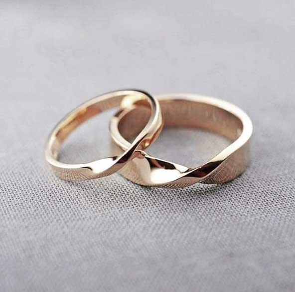 aa27988426ba34ae23f87bd74be96532 donoghte.com  - ۳۰ عکس مدل حلقه ازدواج و نامزدی جدید ۲۰۲۱ ست، مردانه و زنانه