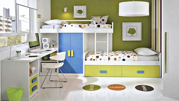 تزیین اتاق با تخت دو طبقه برای کودکان با ترکیب رنگهای سبز و سفید آبی