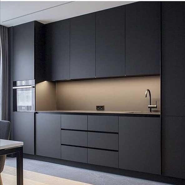 مدل کابینت کلاسیک آشپزخونه بدون اپن برای خانه های با دکوراسیون شیک