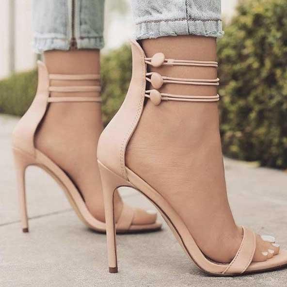 ۲۸ مدل کفش پاشنه بلند دخترانه و زنانه جدید با عکس ژورنالی شیک