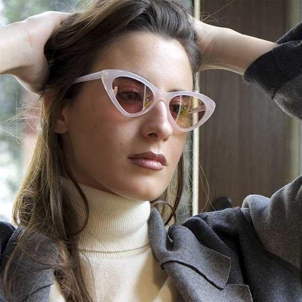 عینک آفتابی طرح گربه ای با فریم و دسته رنگ روشن
