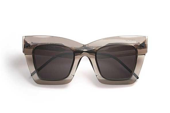 عینک اسپرت دخترونه بسیار شیک برای خوش سلیقه ها