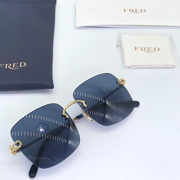 جدیدترین عینکهای مردانه شیشه مربعی با فریم های شیک
